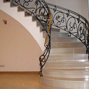 Кованые лестницы Изысканная кованая лестница Луиза Арт. Л-008 Norkovka