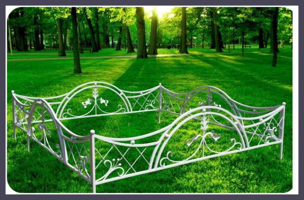 Кованые оградки Ритуальная кованая ограда на могилку Арт 3 Norkovka