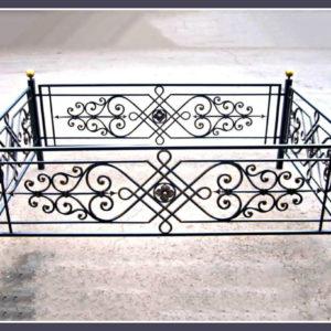 Кованые оградки Ритуальная кованая ограда на могилку Арт 4 Norkovka